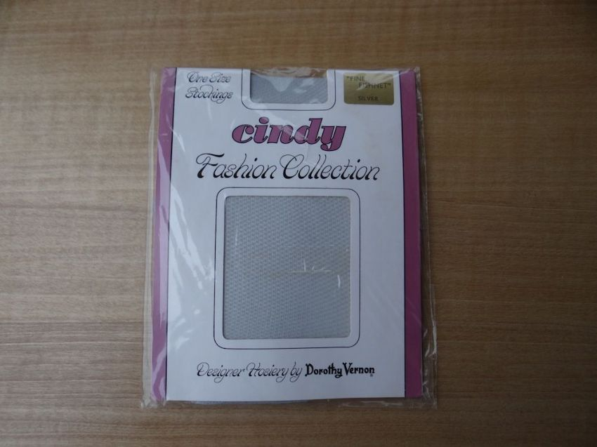 "GENUINE VINTAGE ""CINDY"" FASHION COLLECTION FINE FISHNET NYLON STOCKINGS ONE SIZE"